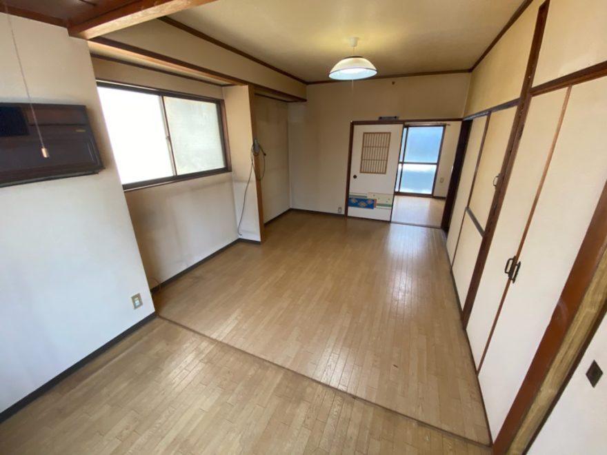 2階広々10帖洋室洋室